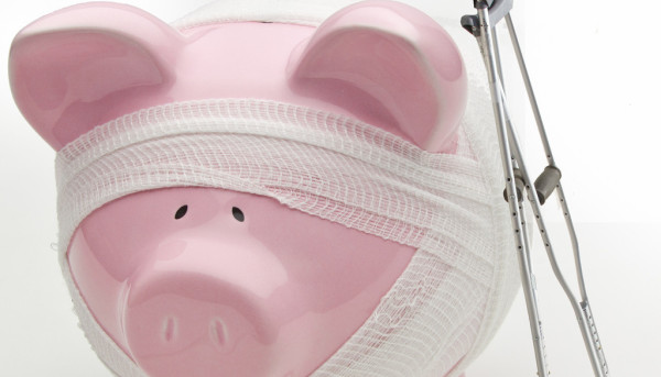 njured Piggy Bank WIth Crutches