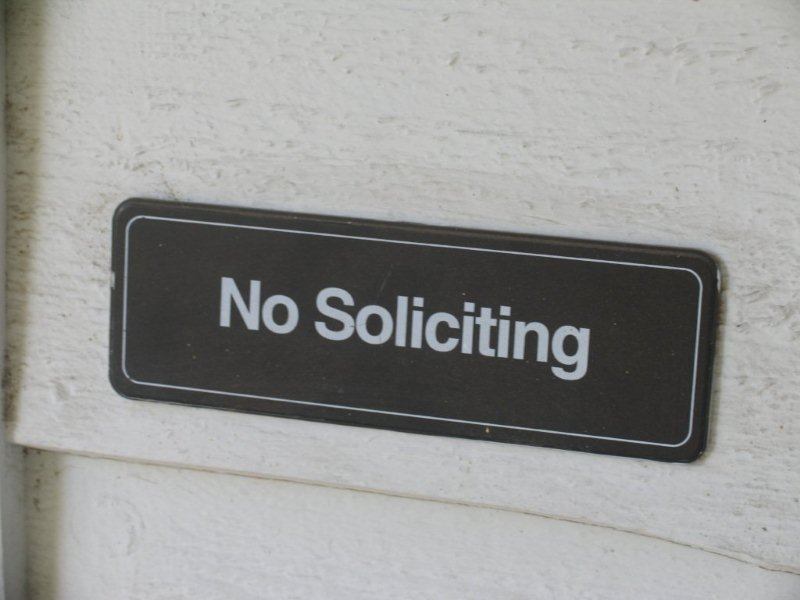 no soliciting sign, avoid solicitor scams